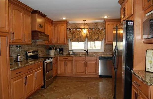 Kitchen Cabinets · Custom Cabinets · Cabinet Enclosure · Lebanon Tennessee  · Amaritto Cabinets · Honey Glazed ...